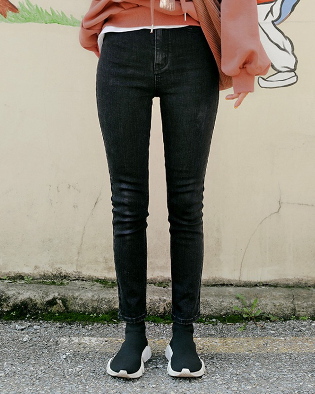 [THX,V] NO.707 Fleece-Lined Skinny Jeans